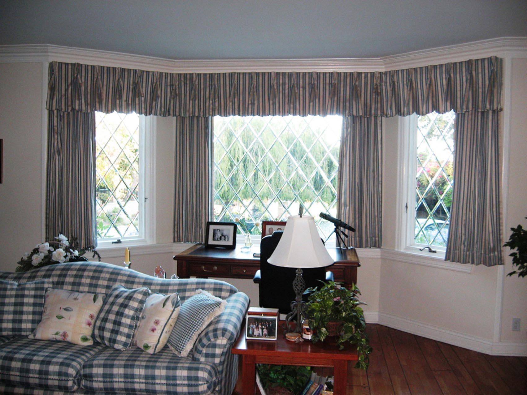 Bay Window Treatments Living Room