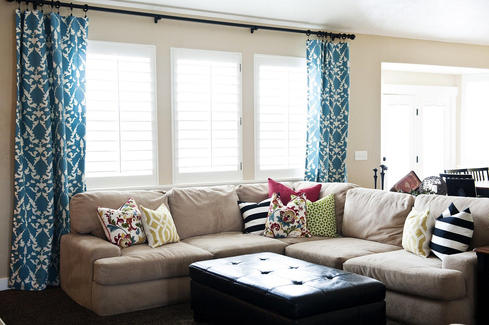 contemporary window treatments for living room window