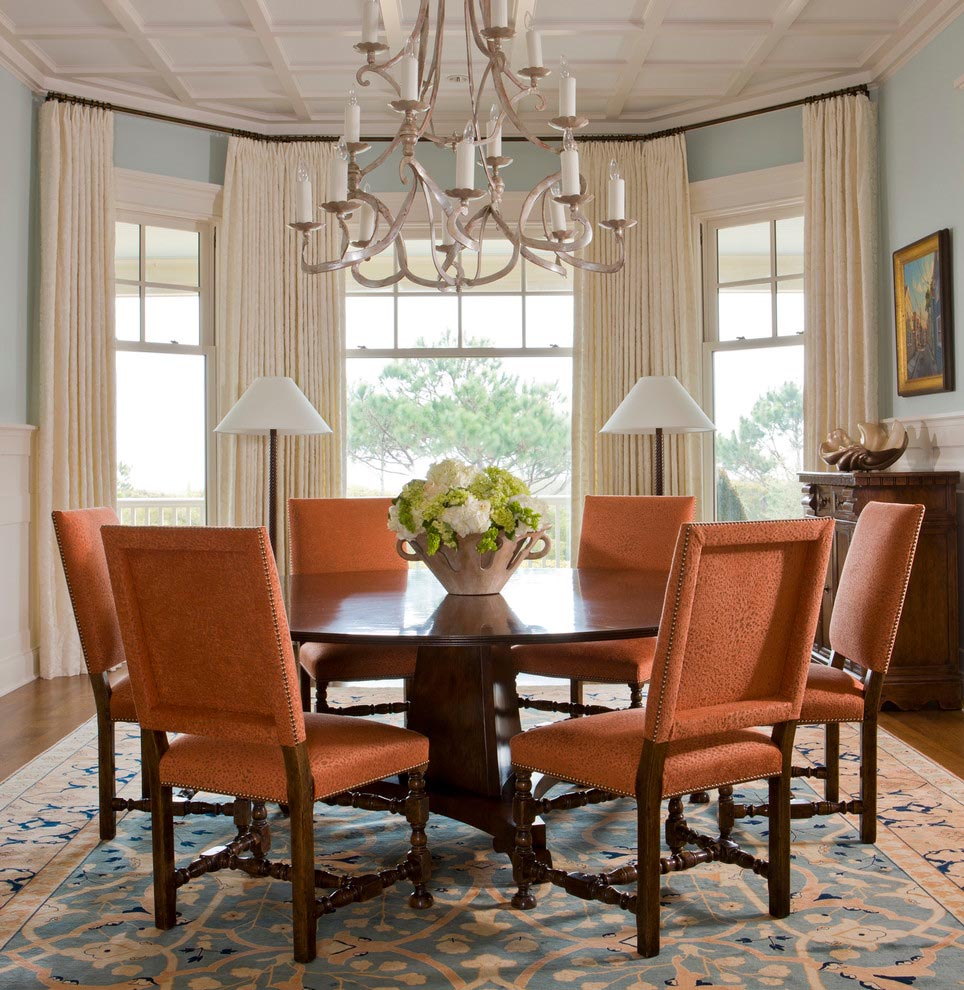 Dining room bay window treatments window treatments for Dinner room ideas
