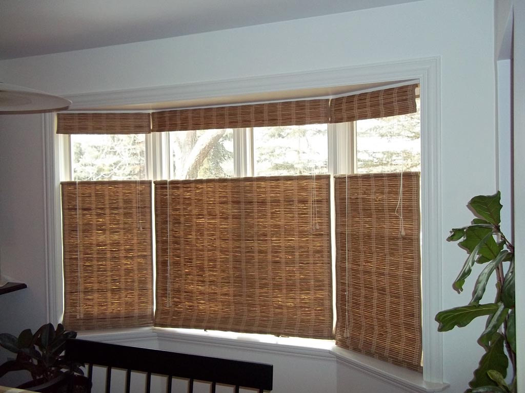 Bay window curtains for living room - Bay Window Blinds Ideas