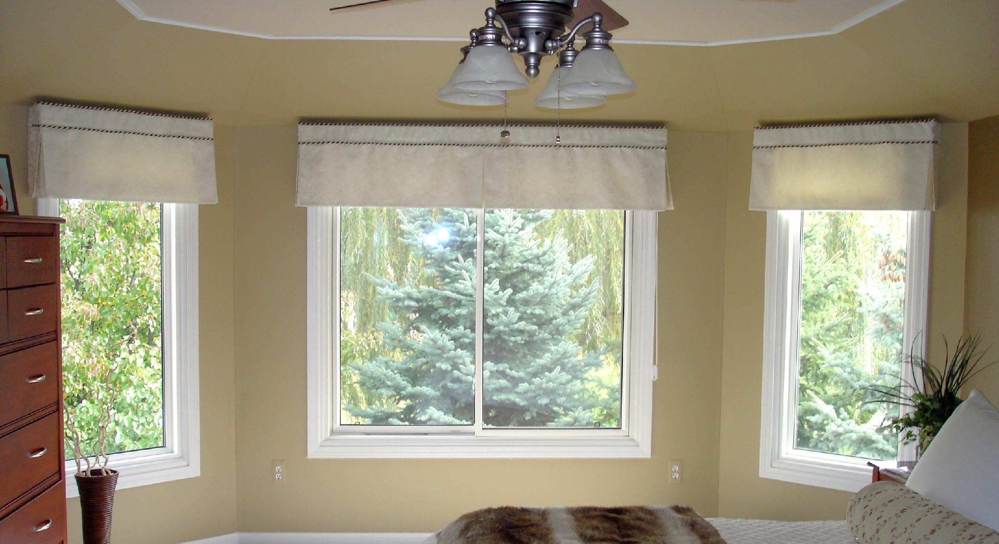 Bedroom valances for windows window treatments design ideas for Top window design