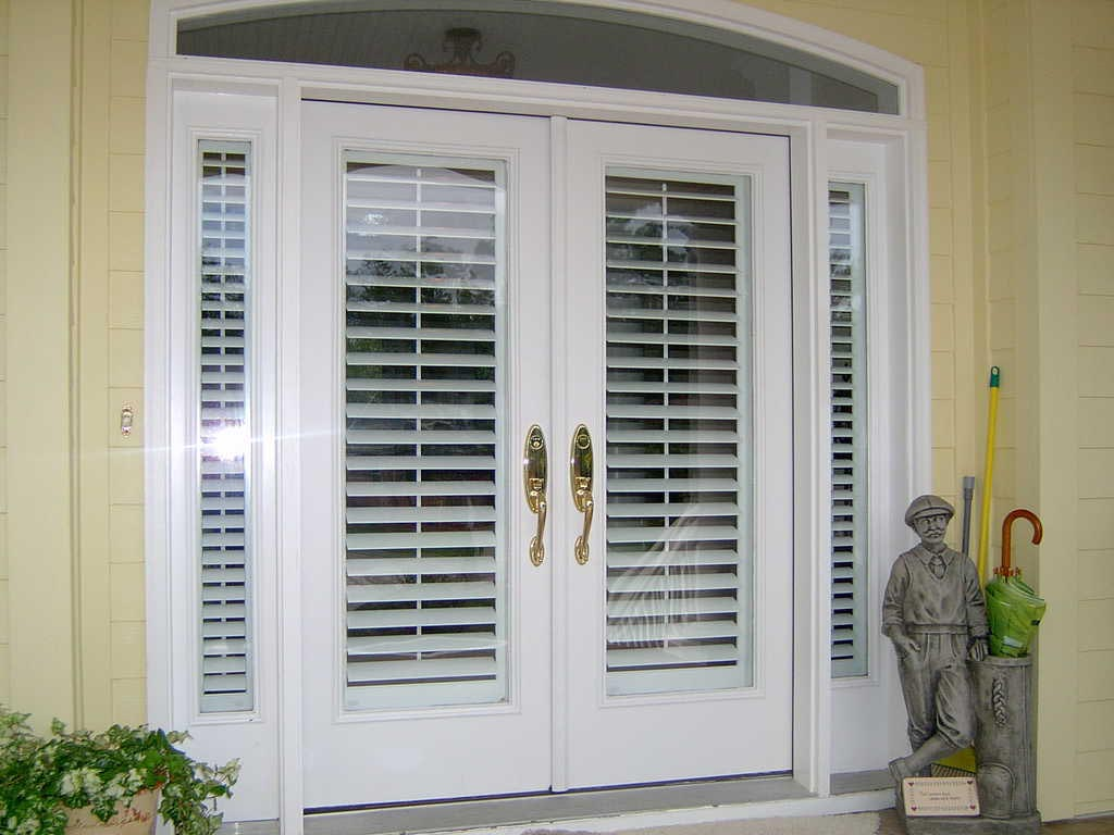 Blinds for front door side windows window treatments for Entry door with side windows