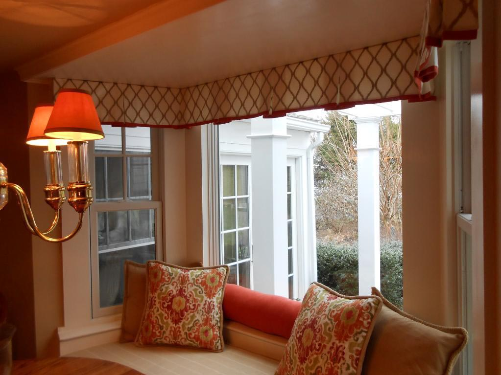 Window Curtain Decorating Ideas: Custom Window Valances Select Color According To Your