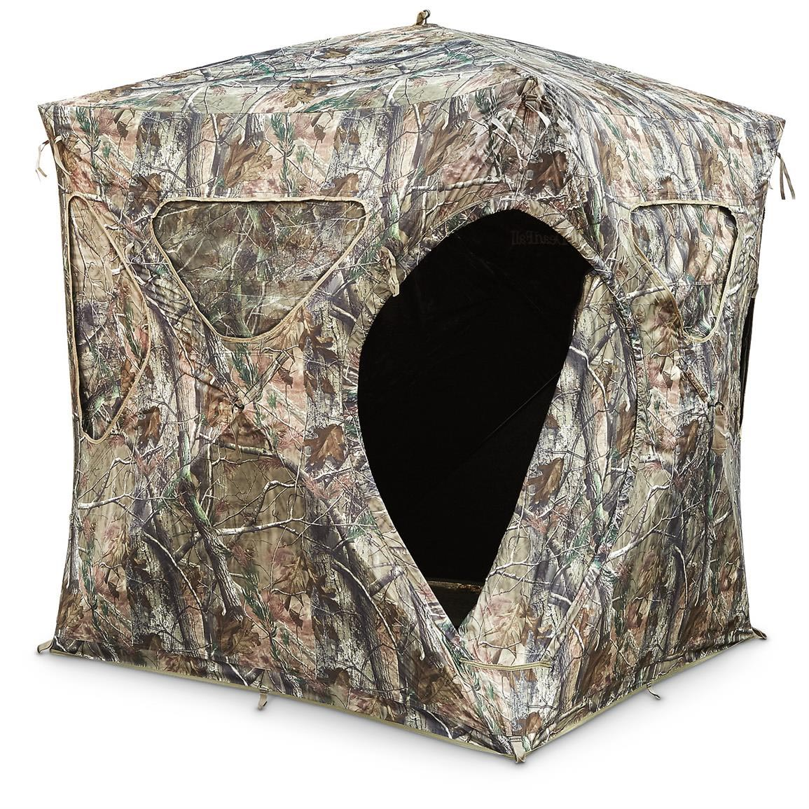Hunting Ground Blinds with Magnetic Windows