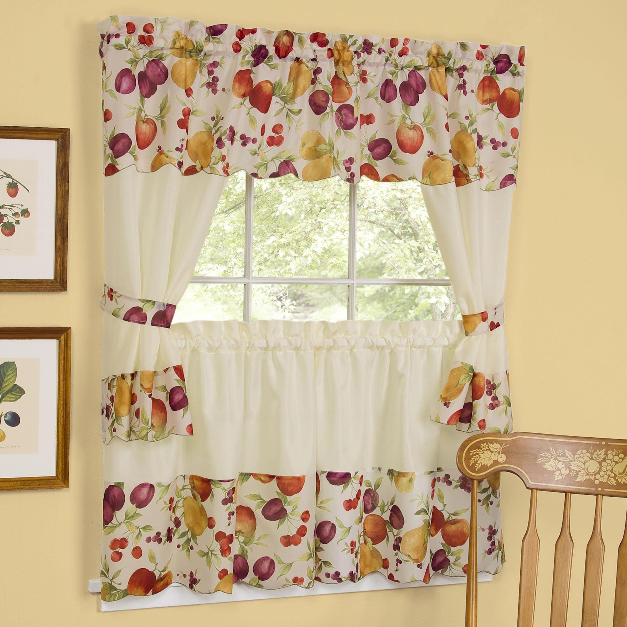 Kitchen curtains swags and valances window treatments for Designs of kitchen curtains