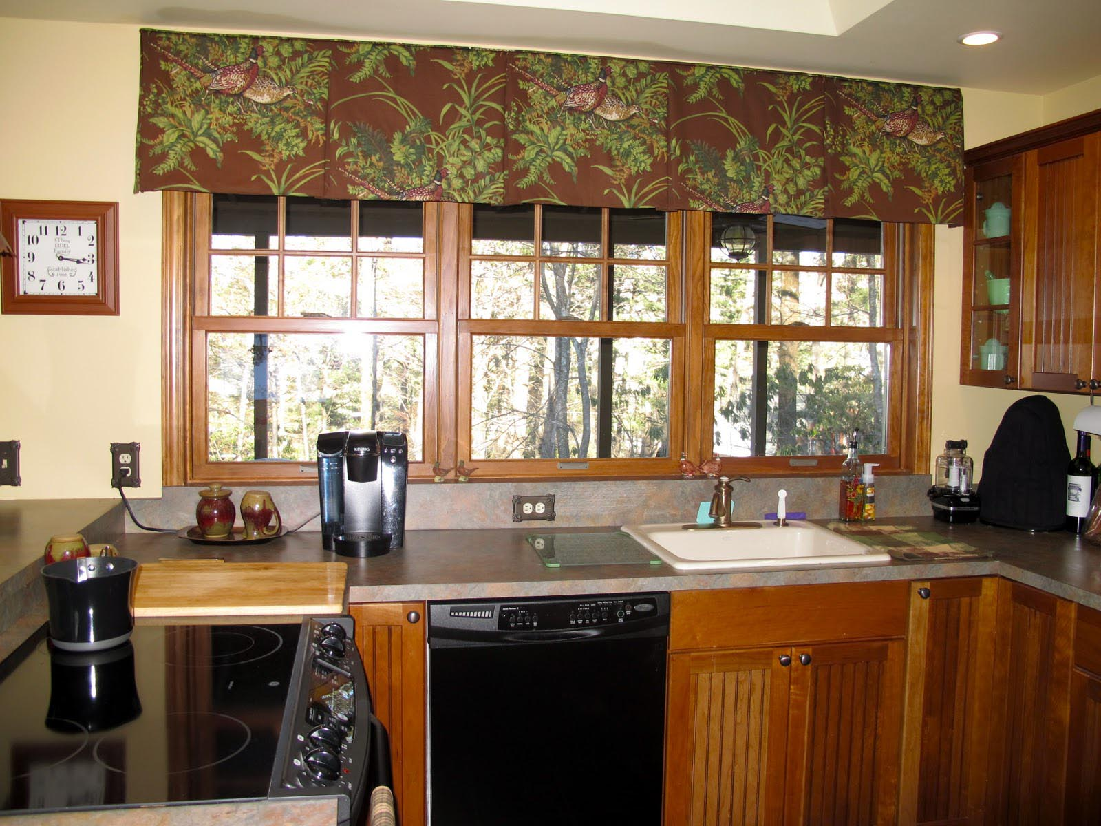 Red Kitchen Curtains And Valances | Window Treatments Design Ideas