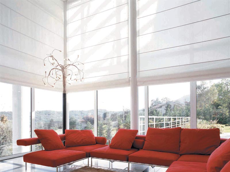 Large window blinds ideas window treatments design ideas for Roman blinds for large windows