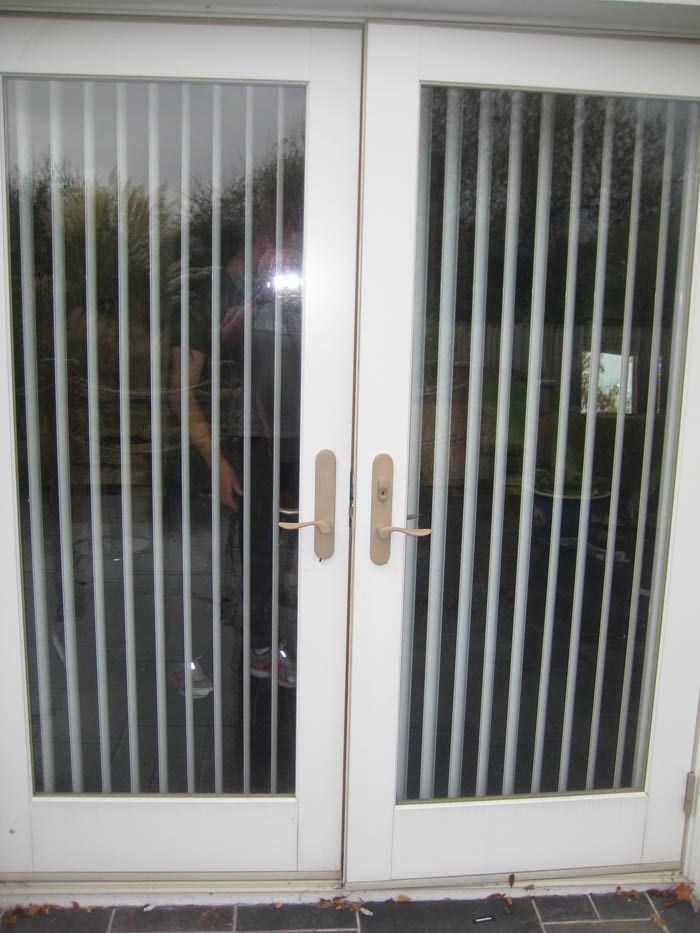 Magnetic Blind for Steel Door Window