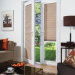 Magnetic Blinds for Doors with Windows