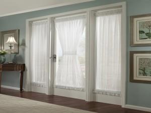 Magnetic Blinds for Sidelight Windows