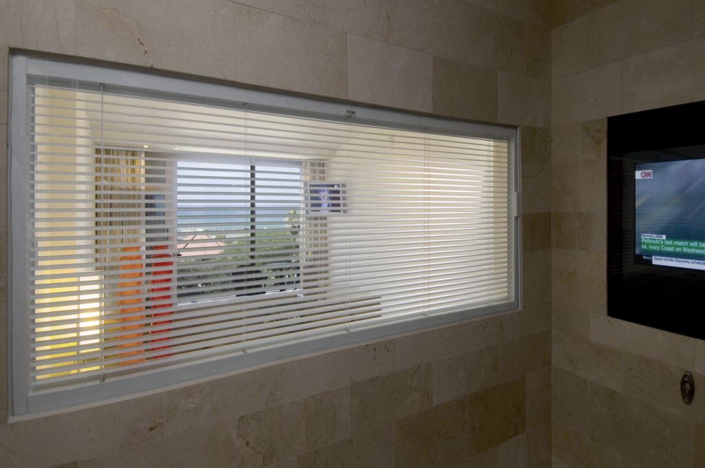 Magnetic mini blinds for door windows window treatments for Door window shades blinds