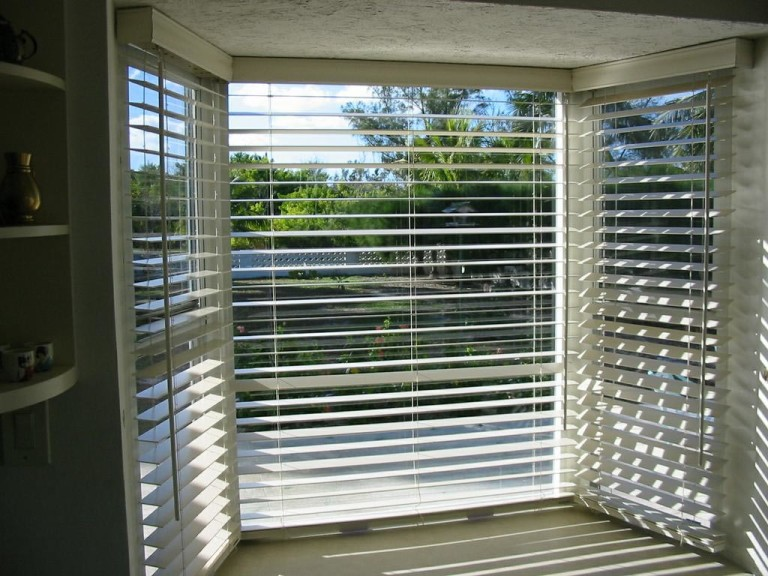 Measuring Blinds for Bay Windows