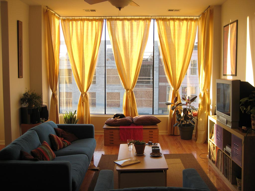 Charming valances for living room window treatments - Living room picture window treatments ...