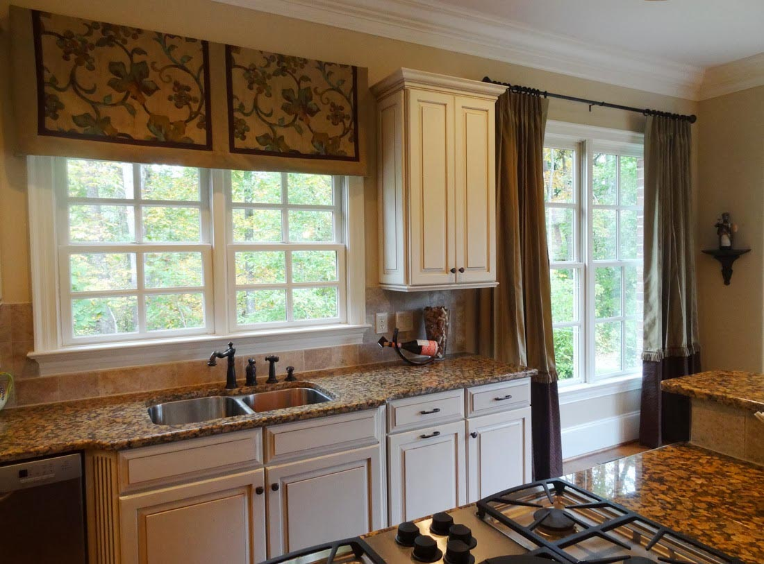 Valance for Kitchen Window