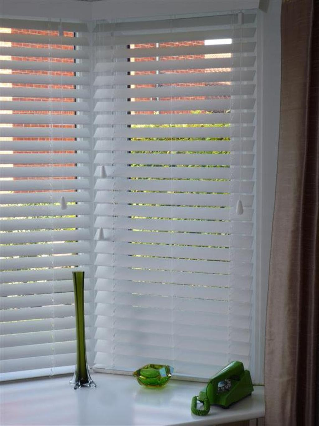 Venetian Blinds Bay Windows Ing Window Treatments Design Ideas