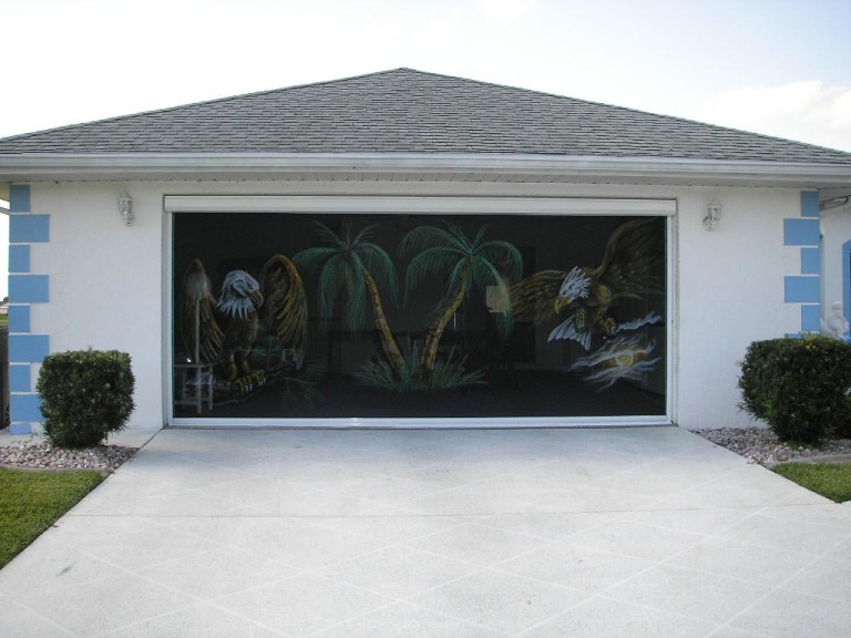 Outdoor Shades Screened Porch